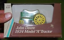 1/43 vintage vehicle John Deere model A 1934 tractor Ertl, new in box