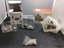 Vintage Dawson's Livery & Feed Stable With Figurines (1998)( Liberty Falls )