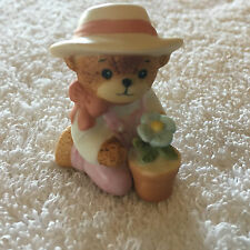 Lucy & Me Girl Bear Kneeling With Potted Plant Figurine Lucy Rigg 1986