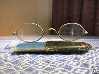 Antike Brille rund, Nickelbrille im Etui um 1900, Gespinstbügel / Accessoire