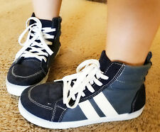 Ladies' Sneakers White Blue Stripes Canvas size 6/7 S