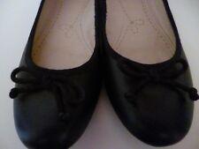CLARKS SOMERSET BALLET STYLE FLAT SHOES - SIZE 7 - BLACK