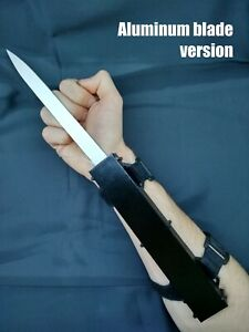 Assassin's Creed Hidden Blade Cosplay Basic Video Game New Props Toys Metal