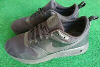 Nike Air Max Tavas Black Kids Athletic Shoes Size 7Y Sport