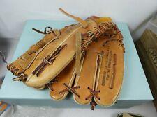Regent Junior 125 Right Handed Baseball Glove / Mitt