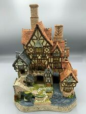 David Winter Cottages Quindene Manor 1994 Hand Made Hand Painted #