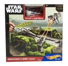 Hot Wheels Die-Cast Star Wars Playset Resistance X-Wing Hangar - Disney Mattel