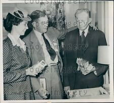 1944 Mississippi Governor Tom Bailey w D Crawley Mrs W Kendall Press Photo