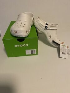 NEW Crocs Classic Clogs Shoes in White - Size Women 7 / Men 5