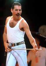 FREDDIE MERCURY UNSIGNED PHOTO - 7369 - WE WILL ROCK YOU & THE SHOW MUST GO ON
