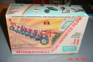 ERTL International Semi-Mounted Plow 1/25 Plastic Model Kit #8011 Sealed