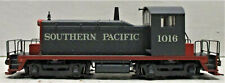 WALTHERS MAINLINE 910-9231 EMD SW-1 LOCOMOTIVE SOUTHERN PACIFIC #1016 HO SCALE