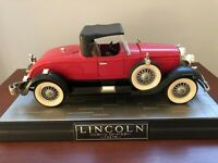 1927 Lincoln Roadster Diecast Car Auto Toy Yonezawa Diadet Red Model