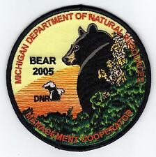 2005 MICHIGAN DNR SUCCESSFUL BEAR HUNTER PATCH -DEER-TURKEY-ELK-MOOSE-FISHING