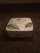 1997 Tiffany Flowers Limoges Porcelain Trinket Box- Perfect Condition!