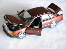 Audi 100 C4 Limousine saloon in kupfer rot copper red metallic, Schabak in 1:43!
