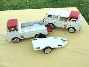 2 Vintage NYLINT Pressed Steel FORD ECONOLINE No 5900 Race Team Trucks & Trailer