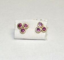 14K earring yellow gold three eyes with red stone