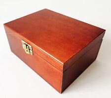 NUEVO pequeño hecho a mano marrón Madera Caja para piezas de ajedrez 16x12x7cm