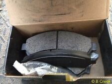 """Wearever"" Gold Brake Pads (GNAD726) Front (4-Pad Set)"