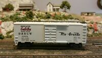 """Roundhouse MDC HO Rio Grande """"Cookie Box"""" 40' Steel Boxcar, Upgraded, Ex"""