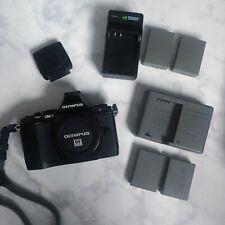 Olympus OM-D EM-5 16MP 3'' Screen Digital Camera Black-Body+Batteries+Flash