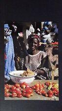 CPM AFRIQUE LA MARCHANDE DE TOMATE