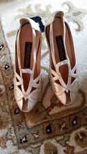 Vintage Couture Ombeline Paris Women's Gold Heels Pumps - Size 6 - Made in Italy