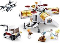 NEW Space Exploration Lunar Station Brick Building Playset 642pcs