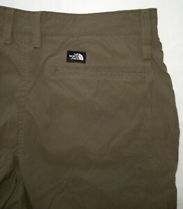 The North Face Mens Green Chino FF Stretch Shorts Size 32 Nylon/Elastane Nice!