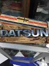Datsun 720 Pickup Truck FRONT GRILLE EMBLEM BADGE Mint in box Genuine Nos Japan