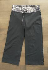 LULULEMON SIZE 6 STILL ASTRO CROP PANTS SHORTS YOGA GRAY EUC GROOVE RELAXED
