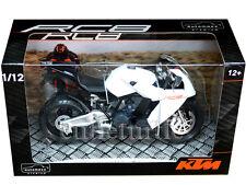 Automaxx 600602 KTM RC8 V-Twin Super Sport Bike Motorcycle 1:12 White