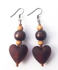 Ispirato etnica: da donna 5.4 cm piccolo marrone legno acrilico cuore pendenti orecchini