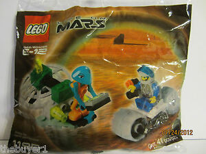 NEW & Sealed - Alien Encounter - 2001 Life on Mars Promo - Lego Space Set #1195