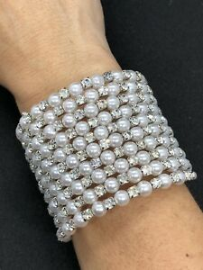 *NEW* HANDMADE PRETTY FAUX PEARL AND ZIRCONIA WRAP BRACELET. FINE PIECE