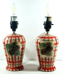 WONDERFUL VINTAGE CERAMIC LAMPS - RED WHITE PLAID WITH SPRUCE PINE CONES