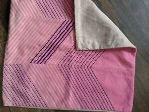 """Pottery Barn Archdale Zigzag Pillow Cover Pink Embroidered Navy 20"""""""