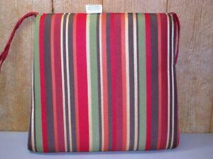 Deluxe Outdoor Patio Cushion ~ Kauai Garden ~ Tapers 20.5/18 x 18 x 2 **NEW**