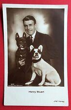 Foto AK Schauspieler Stummfilm Star HENRY STUART mit Hunden  ( 6994