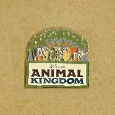 2005 Disney Trading Pin Animal Kingdom with The Inserted Animals