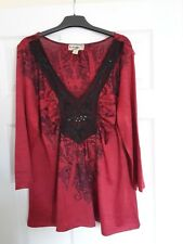 Red & Black 3/4 Length Sleeve Top -  Size XL