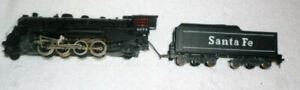Mantua HO Scale Electric Santa Fe Engine #4073 and 12 Wheel Tender
