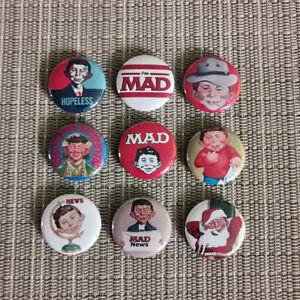 9 MAD / Alfred E. Neumann / Button / Pins / Badge / 1 Inch / 25 mm / Top / Rar