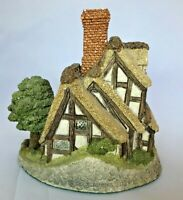 David Winter Cottage - 1983 Made in England Collectible - Pilgrims Rest