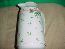 CORELLE WINTER HOLLY HOLLY DAYS THERMAL SERVER CARAFE Gently Used FREE USA SHIP