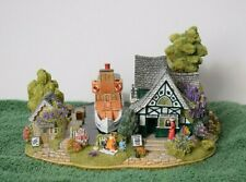 """Lilliput Lane L2458 """"Queen of Windermere"""" Mint in box with deed."""