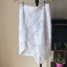 $228 NWT BCBGMaxazria White Skirt