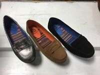 NIB Womens Yellow Box Dooney Suede Penny Loafers Moccasins I