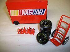MOTORWORKS NASCAR # PIT WAGON KIT 1/24